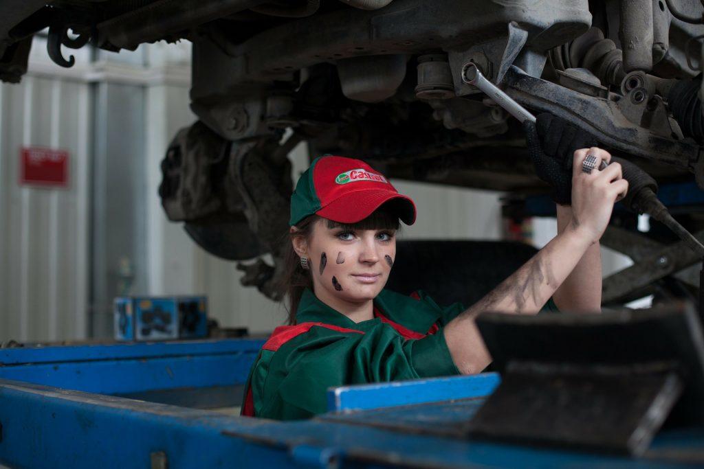 Autó szerviz Opel SsangYong Márkafüggetlen Szerelő
